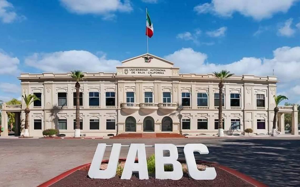 Universidad Autónoma de Baja California para estudiar medicina