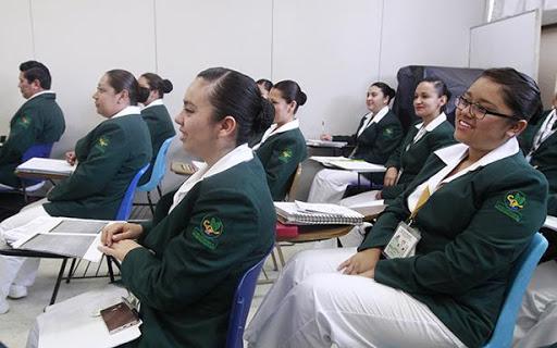 Escuela de enfermería del IMSS en monterrey