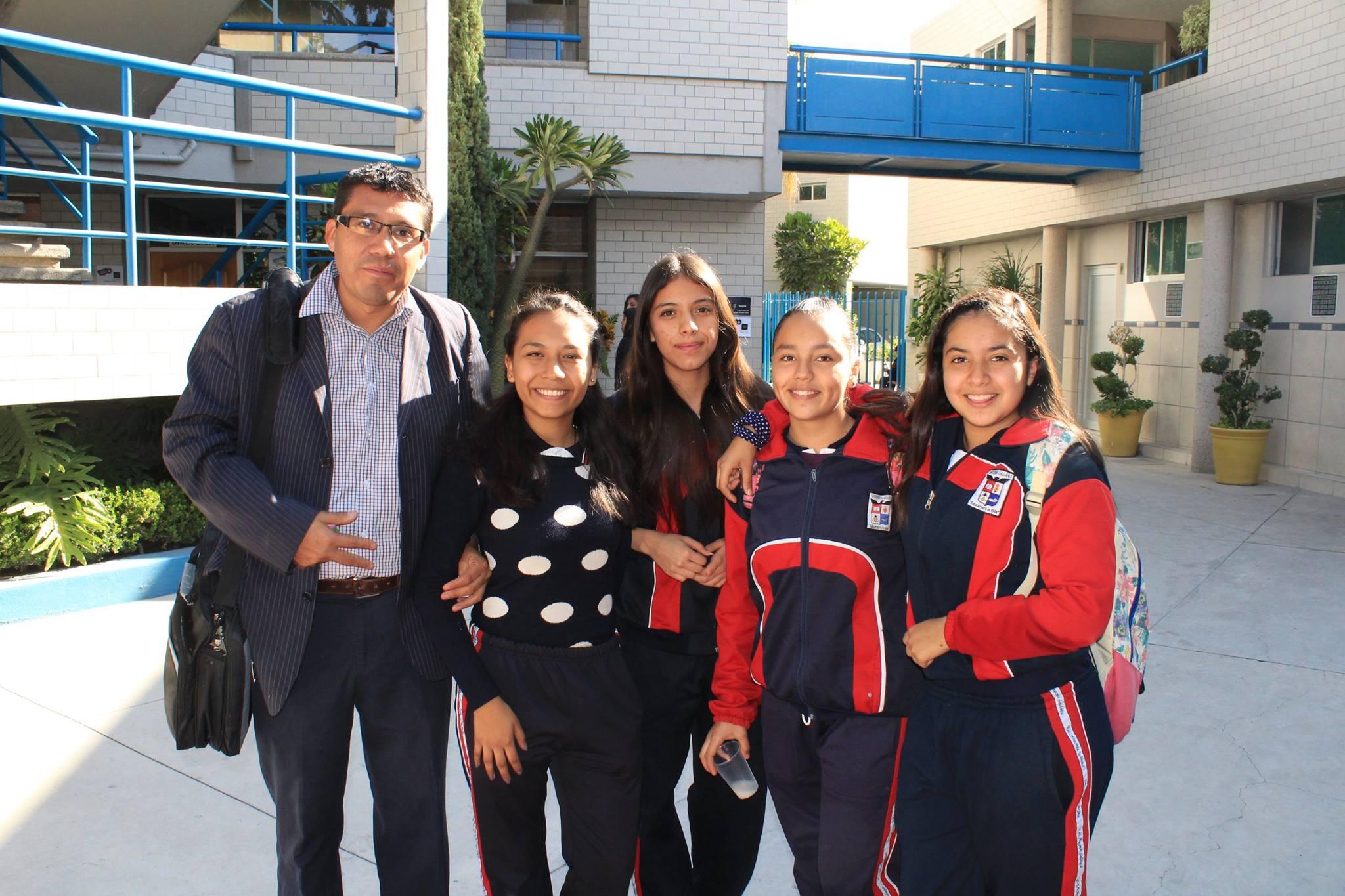 Escuela Particular Antonio Saldaña
