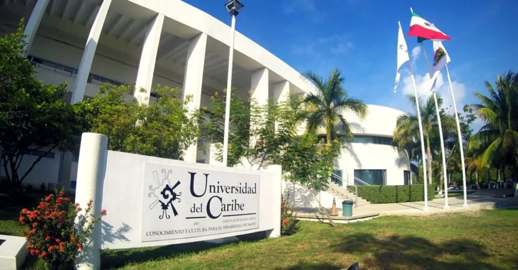 Mejores Universidades en Cancún