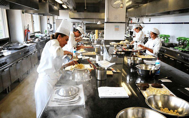 Universidad Anahuac - las mejores escuelas de gastronomia en merida