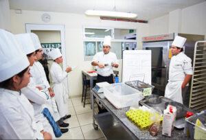 Universidad IGES - mejores escuelas de gastronomia en queretaro